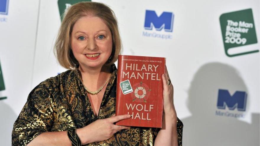 "Hilary Mantel se pasa a los relatos con ""El asesinato de Thatcher"""