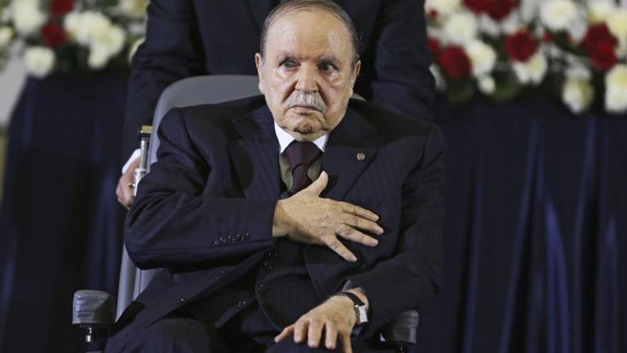 El FLN designa a Bouteflika candidato para un quinto mandato presidencial