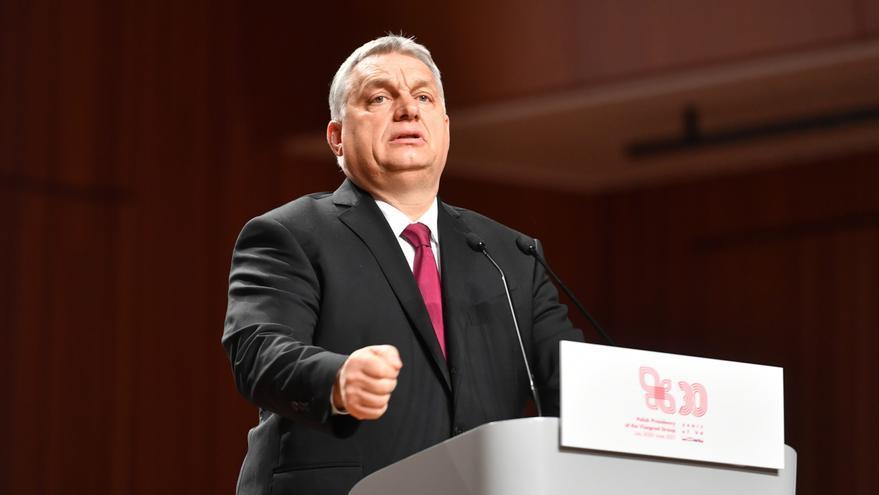 """Orbán anuncia un referéndum sobre la ley homófoba para """"defender"""" a los niños"""
