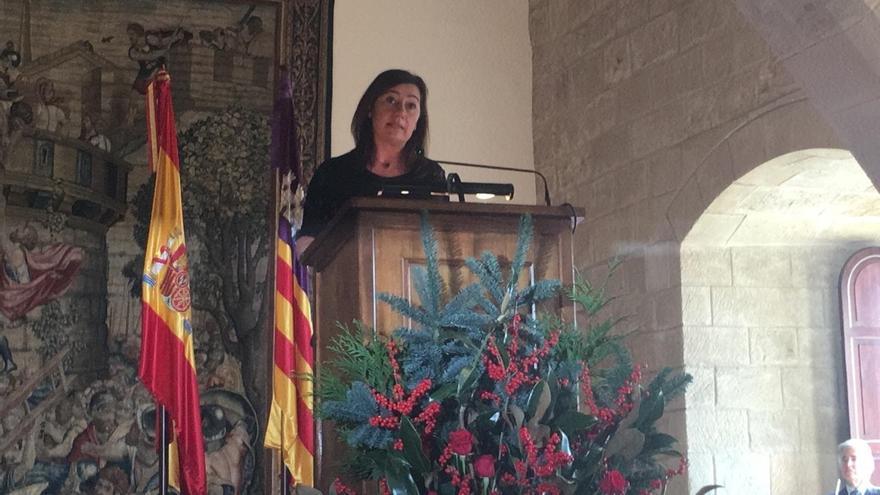 Armengol defiende que es el momento de actualizar la Constitución y adaptarla a los nuevos tiempos