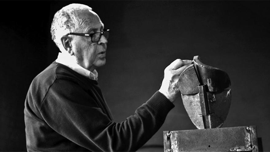 Martín Chirino, uno de los artistas que estarán presentes en la muestra