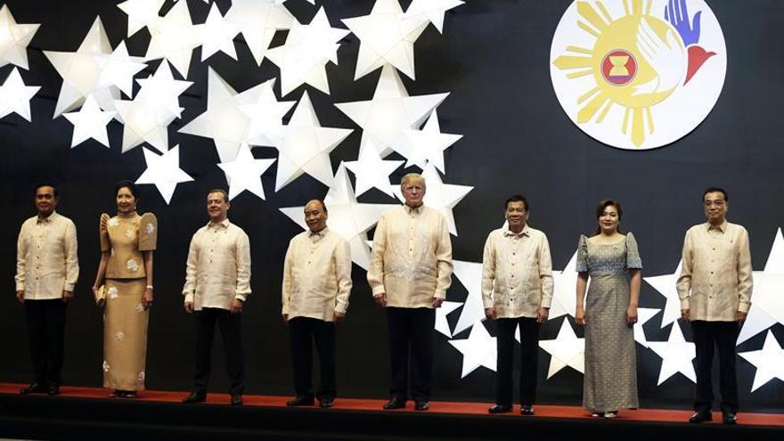 La ASEAN inicia en Manila un cumbre marcada por asuntos de seguridad