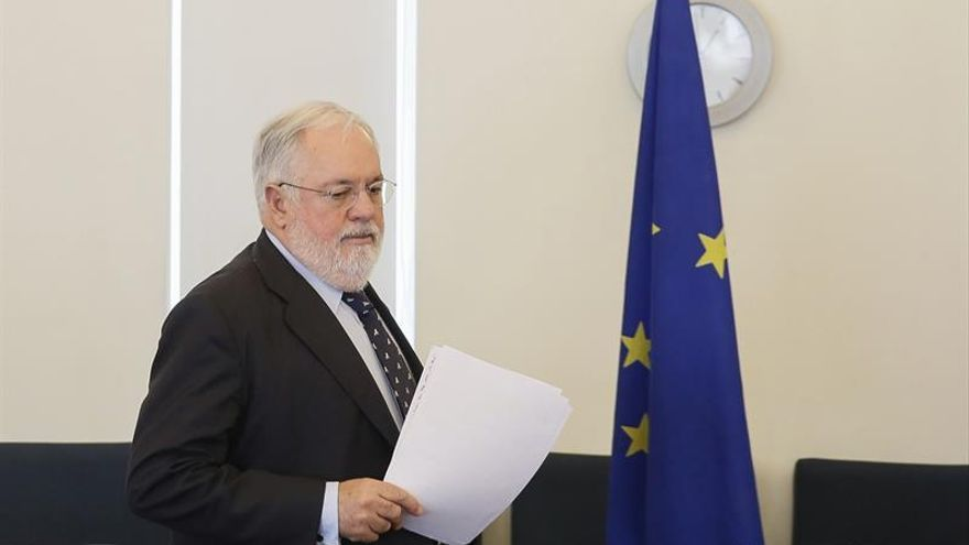 La UE insta a Argelia a facilitar más las inversiones europeas en energía