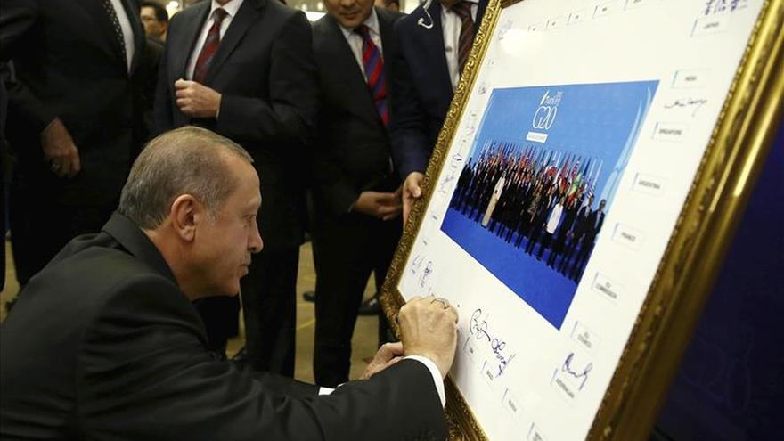 Turquía advirtió hace un año a París sobre el vínculo yihadista de Mostefai