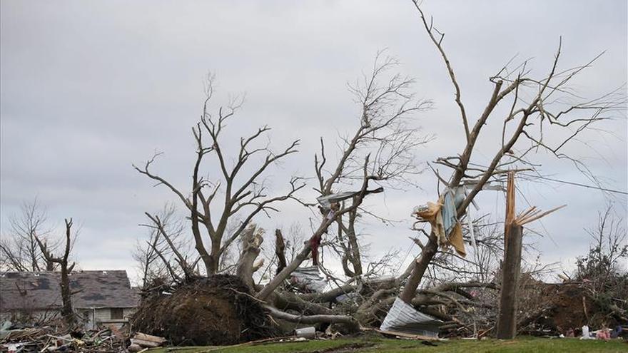 Varios heridos y numerosas casas destruidas por tornados en el centro de EEUU