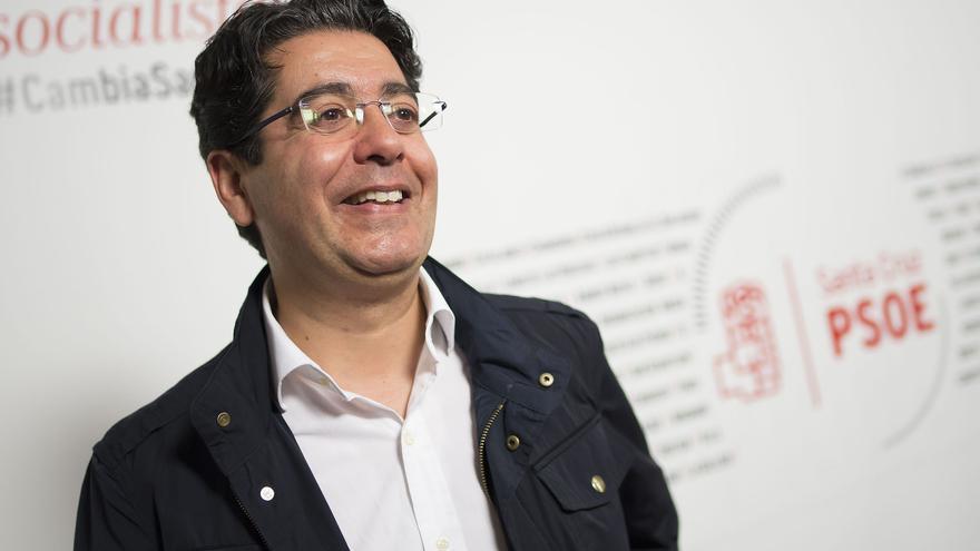 Pedro Martín, secretario general de los socialistas tinerfeños, en un instante de la entrevista