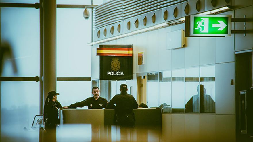 Policia Aeropuerto Barajas