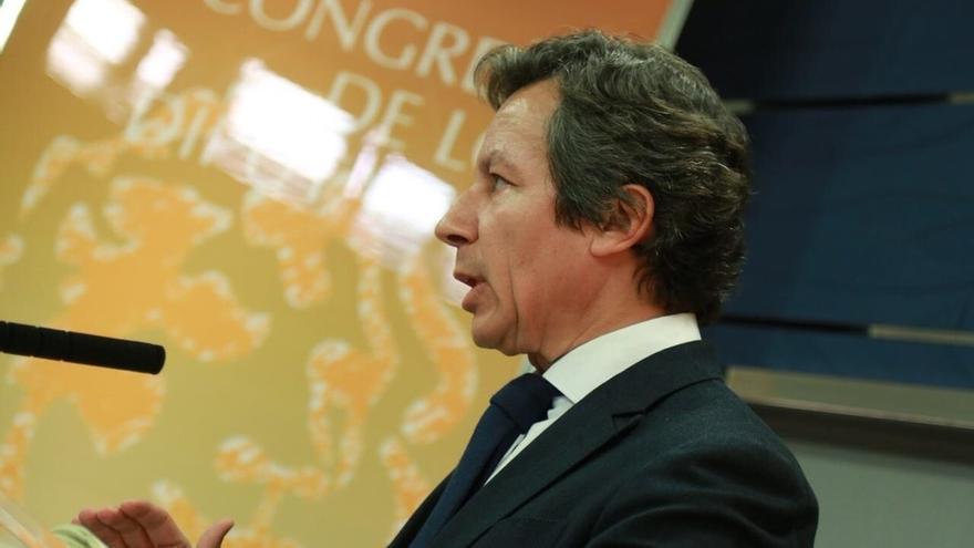 """Floriano (PP) presupone que Rajoy contestará mañana a todas las preguntas porque """"no tiene nada que ocultar"""""""