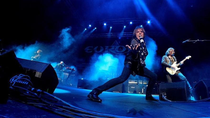 El grupo sueco de rock Europe, encabezado por el cantante Joey Tempest.
