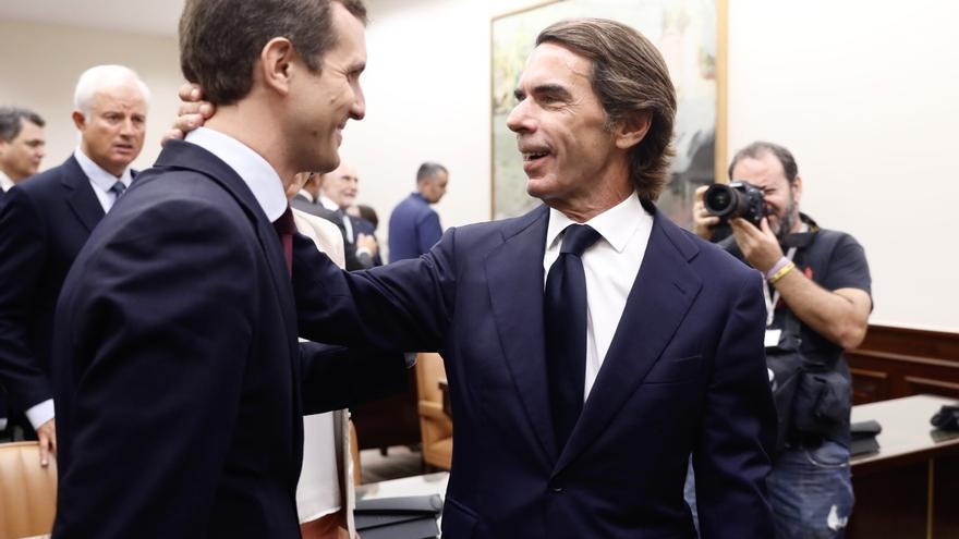 """Casado dice que Aznar ha """"demostrado su honorabilidad"""" ante la comisión que investiga la presunta 'caja b' del PP"""