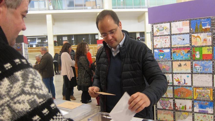 """César Luena anima a votar porque """"así se consolidan las grandes transformaciones en la democracia"""""""