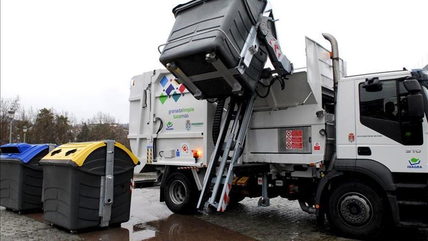 Andalucía y Cataluña, comunidades con más residuos urbanos recogidos