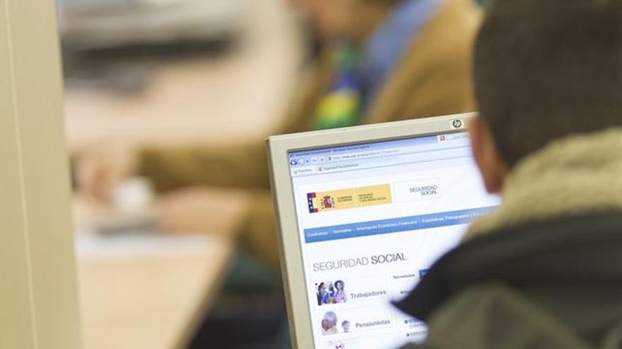 El objetivo es que 500 jóvenes encuentren su primer empleo a ambos lados del Pirineo