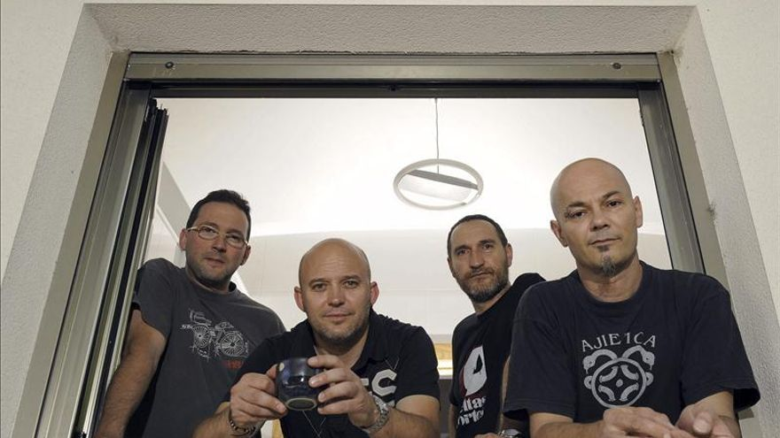 Manolo García y Celtas Cortos actuarán en un concierto homenaje a José Couso
