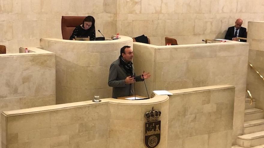Los casos judicializados y la situación de Podemos impregnan el debate de presupuestos