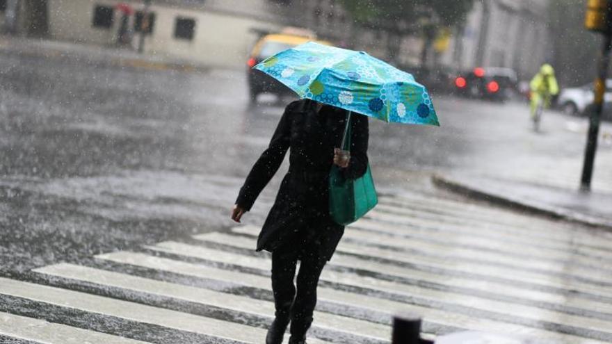 Temporal de lluvia en Argentina deja tres muertos y más de 200 evacuados