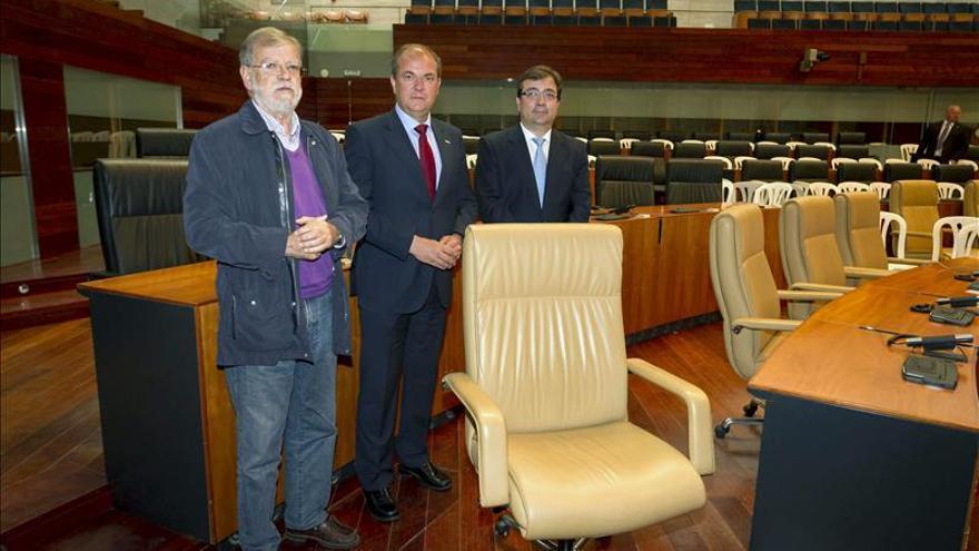 Monago, Vara e Ibarra piden optimismo contra la crisis y defienden las CCAA