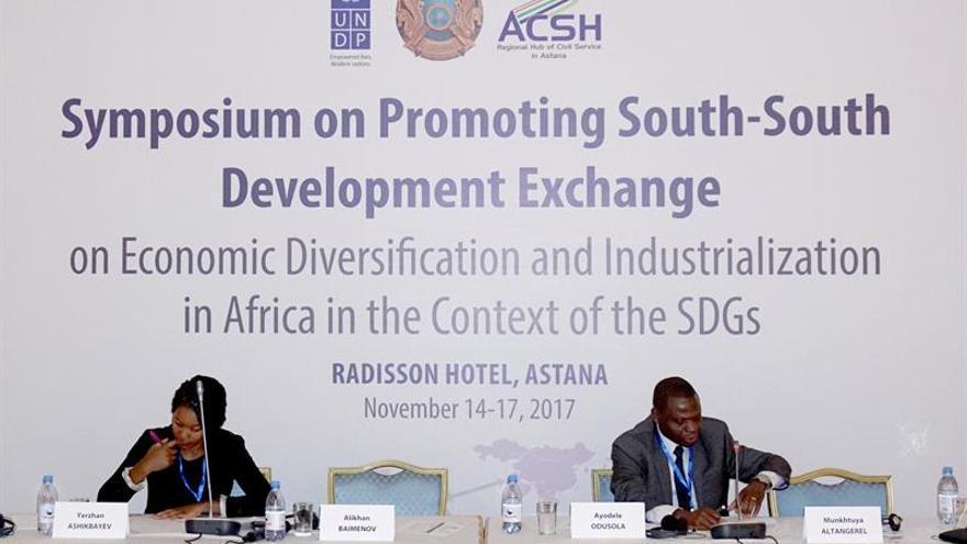Kazajistán acoge un simposio sobre cooperación y desarrollo con países africanos