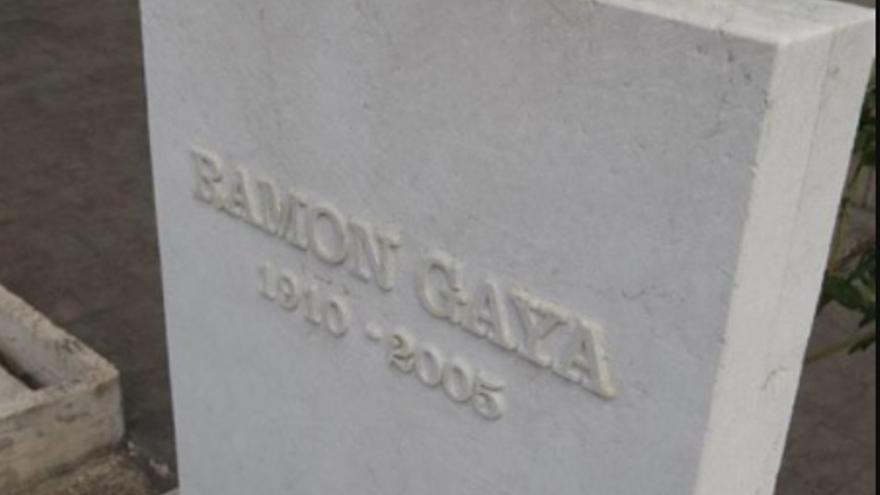 Tumba de Ramón Gaya
