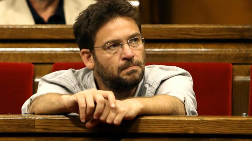 """Fachin acusa al PSC de ser """"cómplice de la represión"""" del PP en Cataluña"""