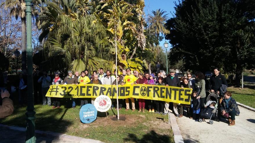 Miembros de Tanquem Confrents durante el acto en Viveros (Valencia)