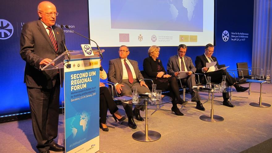 Ministros de exteriores apuestan por la educaci n superior for Educacion exterior
