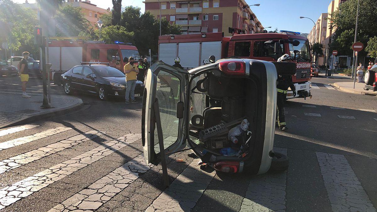 Accidente de tráfico en la avenida Isla Fuerteventura.