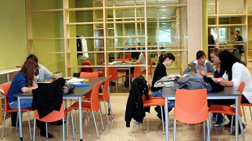 Alumnas en la UCLM