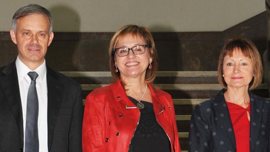 Vicent Martínez, María Antonia García Benau y Mavi Mestre, candidatos a rector de la Universitat de València.