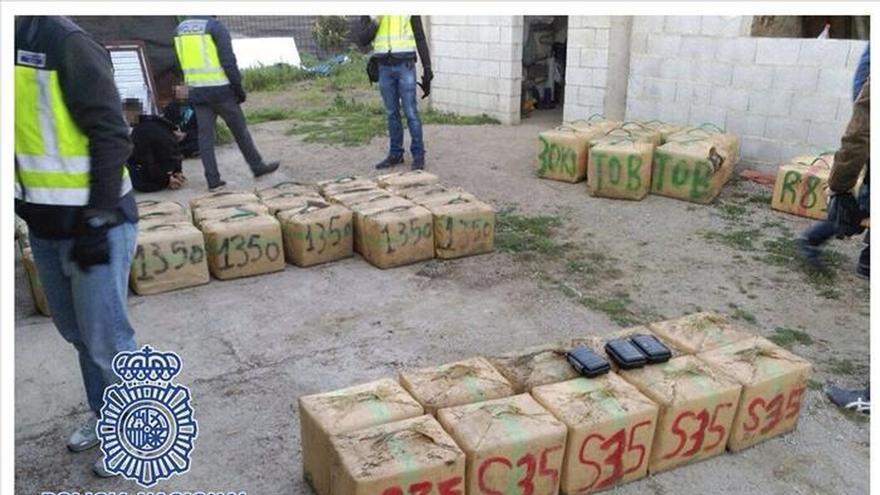 Intervenidas 1,4 toneladas de hachís y seis detenidos en Algeciras (Cádiz)