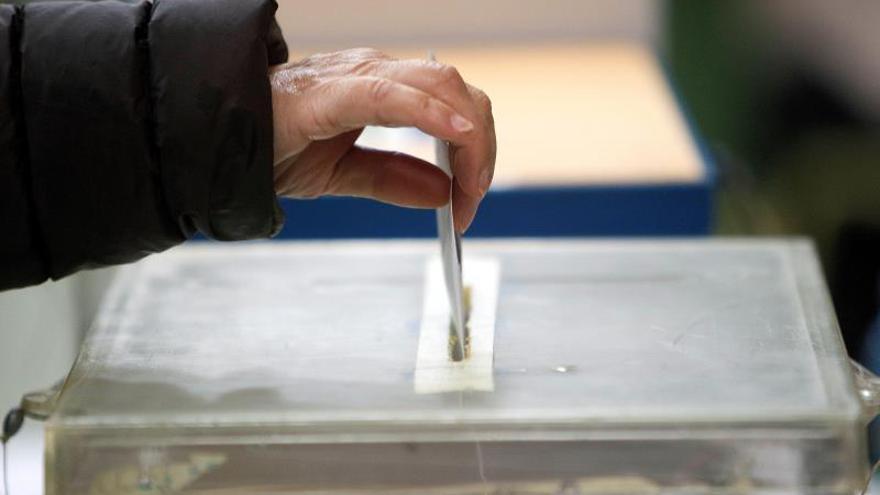 Más de 5.500 jóvenes votarán por primera vez el 12-J tras el aplazamiento electoral