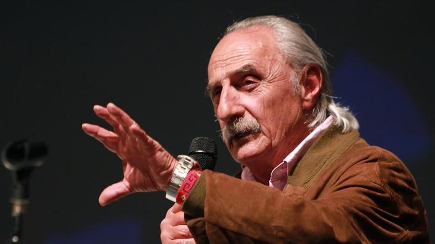 El veterano periodista colombiano Alfredo Molano gana el Gran Premio a Vida y Obra