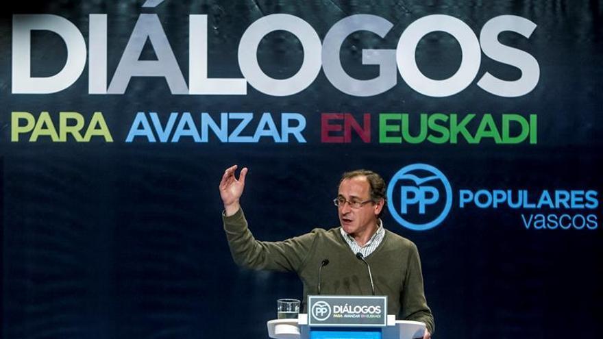 """Alonso ve fuerte a Rajoy y asegura que el PP va al 26J """"sin vetos ni broncas"""""""
