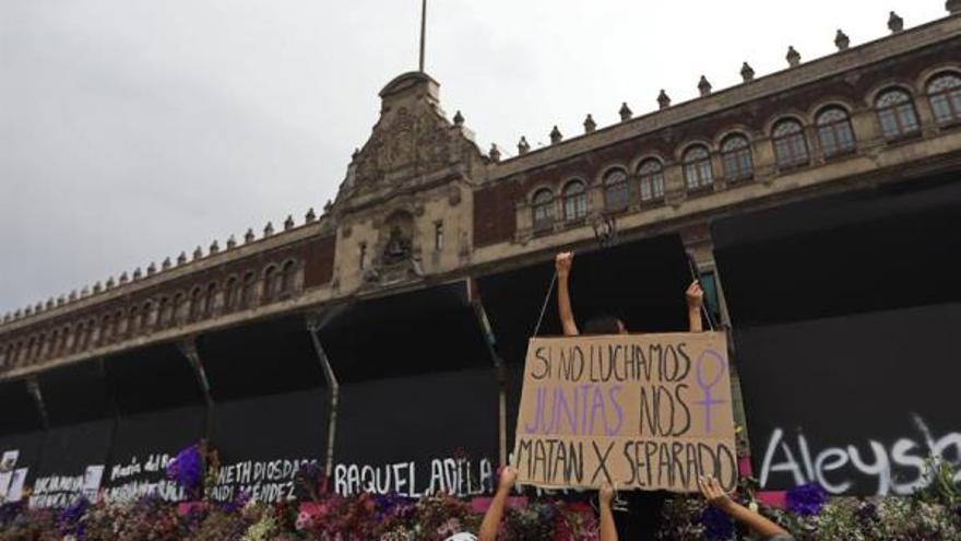 8 M: Latinoamérica hace oír su grito en manifestaciones contra el femicidio y la desigualdad