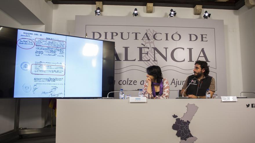Rosa Pérez y Miguel Mezquida explican los avances en la fosa 82