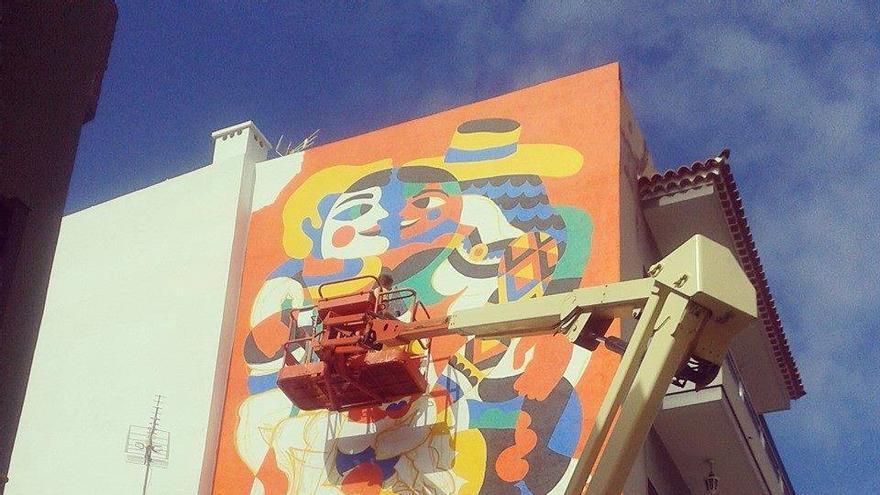 El arte muralista de Puerto Street Art, integrado en Mueca, se ha convertido en un gran atractivo turístico para la ciudad norteña.