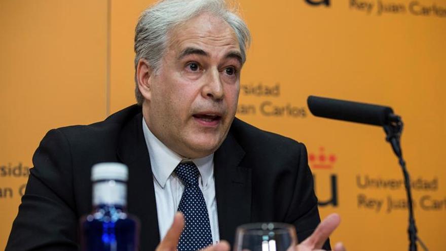 """La URJC dice que el """"no presentado"""" de Cifuentes fue un error de transcripción"""