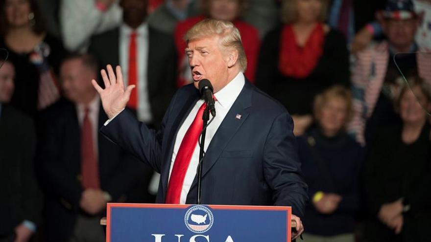 Declina del cargo uno de los futuros asesores de comunicaciones de Trump