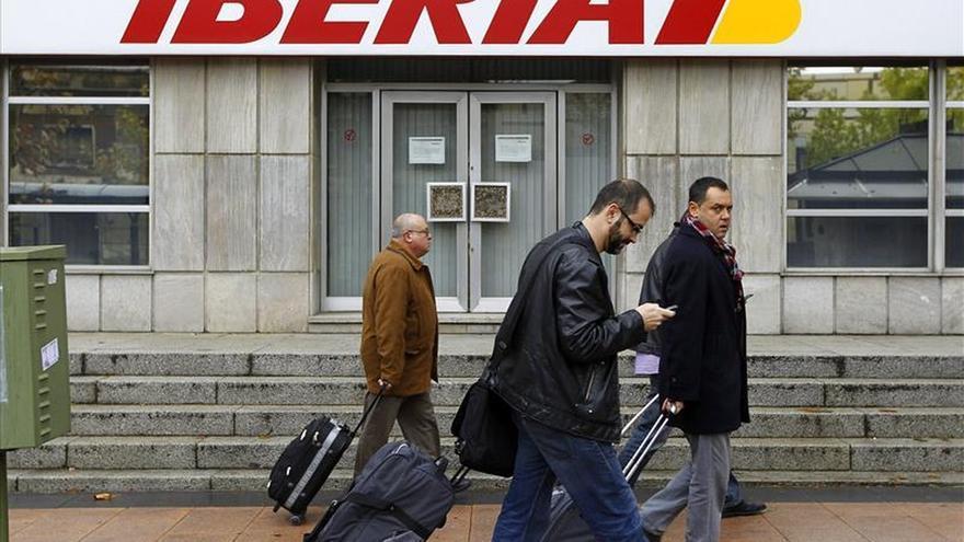 IAG multiplica por siete sus ganancias en 2014, hasta 1.003 millones de euros
