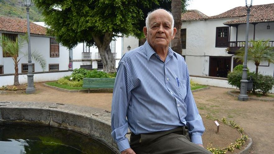 Benigno Pérez, taxista jubilado de Icod de los Vinos