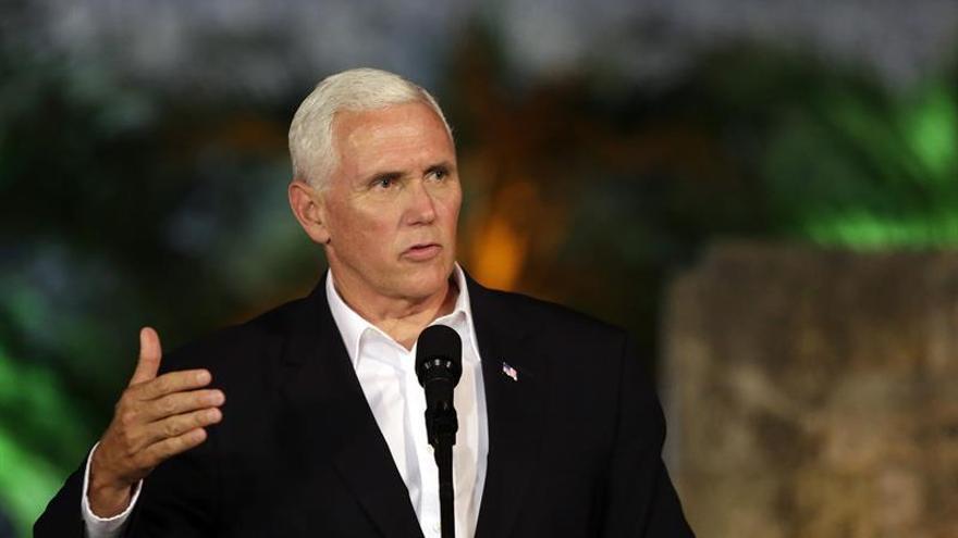 Pence agradece al Vaticano los esfuerzos a favor de la democracia en Venezuela