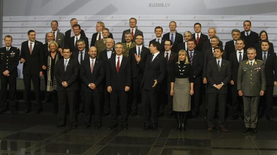 Ministros europeos de Defensa abogan por revisar la política de seguridad