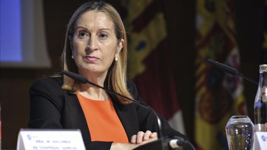 Ana Pastor afirma que todo está listo para que entre capital privado en Aena