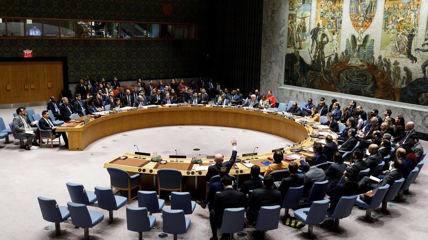 Luego de más de tres meses de negociaciones, el Consejo de Seguridad de la ONU finalmente se unió este miércoles para aprobar una resolución respaldando el llamamiento del jefe de la organización, António Guterres, a una tregua global durante la pandemia.