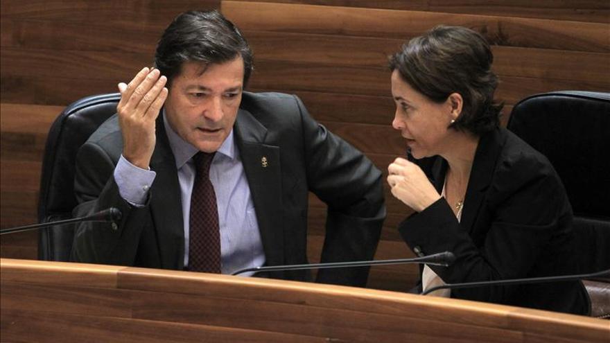 El presidente de Asturias ofrece transparencia total en los contratos de Cofely