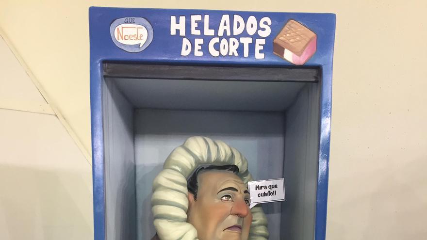 El delagado de Junta Central Fallera, Paco Sivera, en la nevera apartado de sus funciones