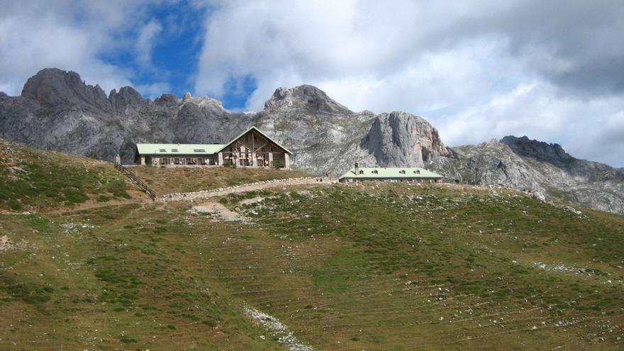 La Asociación de Turismo Rural de Cantabria premia a Richard Vaughan y a Cantur