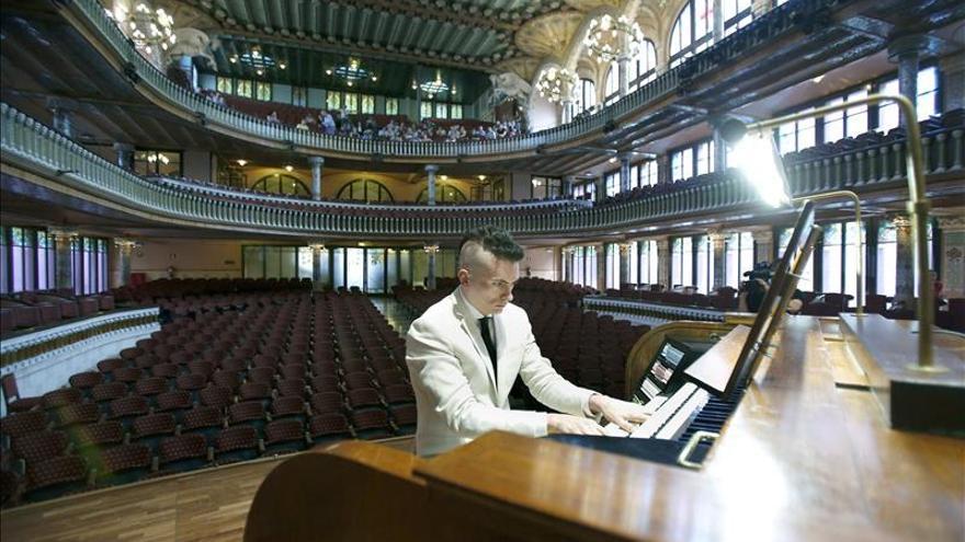 """Cameron Carpenter dice que el órgano """"no es el instrumento de Dios, sino de la gente"""""""
