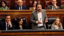 El vicepresidente segundo, Pablo Iglesias, interviene durante la sesión de control celebrada, este miércoles, en el Congreso de los Diputados en Madrid.