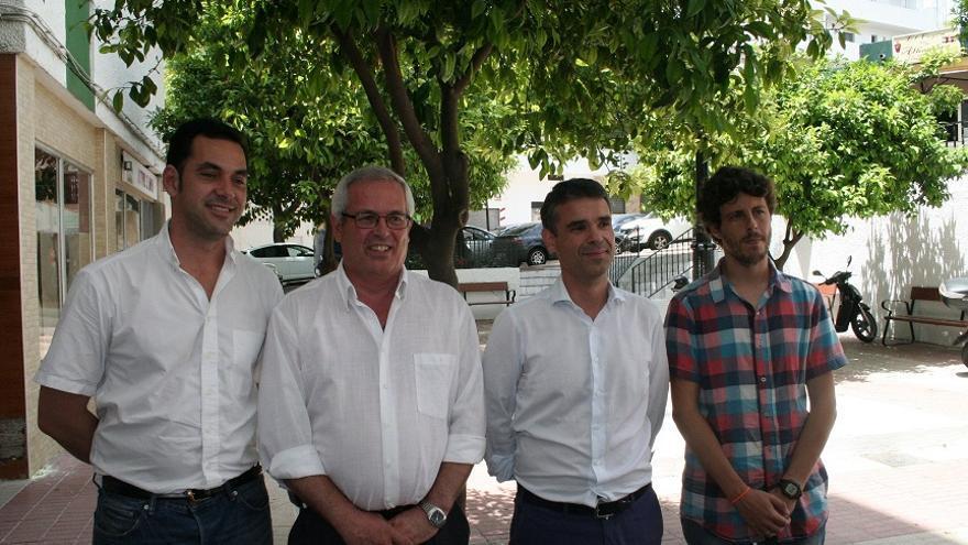 De izqda a drcha Miguel Díaz (IU), Rasfael Piña (OSP), José Bernal (PSOE) y José Carlos Núñez (Costa del Sol Sí Puede) tras su última rueda de prensa conjunta / Foto: marbellaconfidencial.es